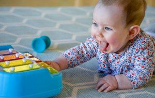 تاثیر موسیقی بر نوزادان