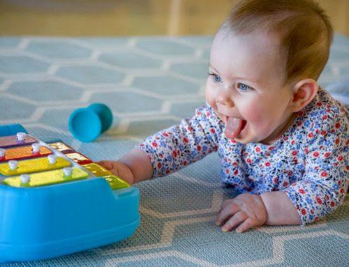 تاثیر موسیقی بر ارتباط بهتر با نوزادان و رشد آنها