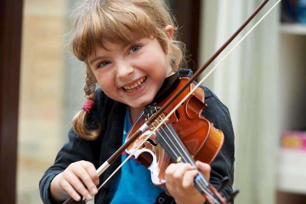 بهترین سن آموزش موسیقی به کودکان - پیانو باربد