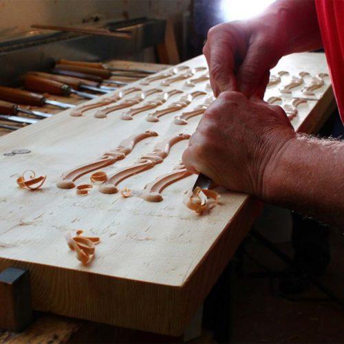 پیانو آکوستیک دیواری Petrof مدل P 118 R1 Rococo