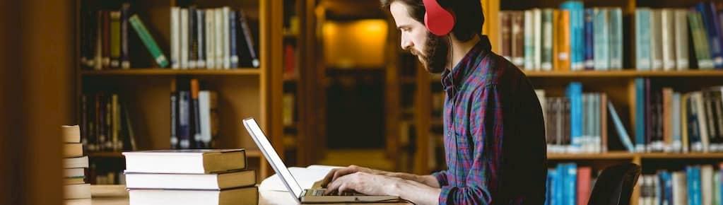 گوش دادن به موسیقی هنگام مطالعه چه تاثیری دارد؟